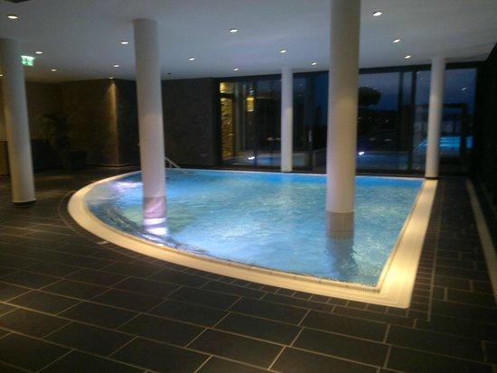 Lake's - my lake hotel: Внутренний бассейн
