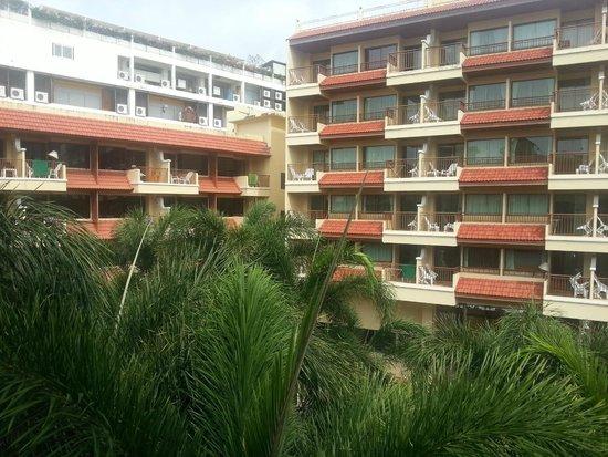 Baumanburi Hotel : вид из номера