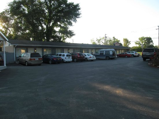 Coachway Motel: The Motel Section