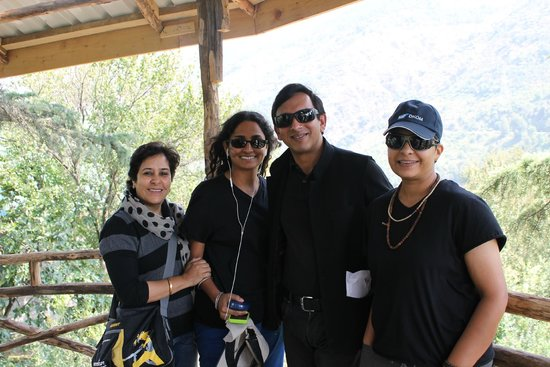 Ramgarh Heritage Villa: Nakul ji and us up in his newly made tree house