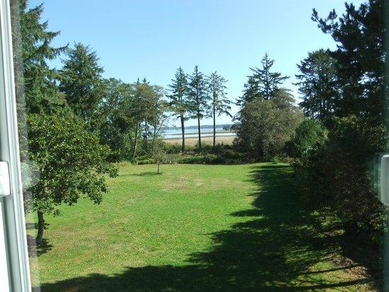 Westport Bayside Bed & Breakfast: View of the bay