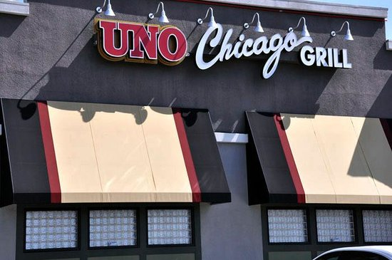 For good eats and good times in Modesto, dine at Uno Chicago Grill. No matter what diet you're rocking, Uno Chicago Grill has got you covered. Take your pick of beer, wine, or other beverages offered on this restaurant's menu. Load up the mini-van and bring the kids to this restaurant? they'll love the menu and scene here as much as mom and kolibri.mlon: Oakdale Road, Modesto, , CA.