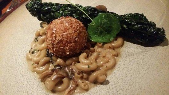 The Bunk Inn: Mushroom Macaroni