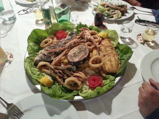 Friedersbach, Østerrike: Fish Platter