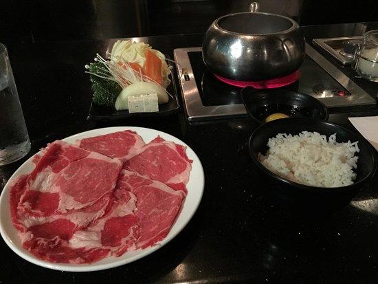 Yojie Japanese Fondue and Sake Bar : Medium Prime Rib Sukiyaki
