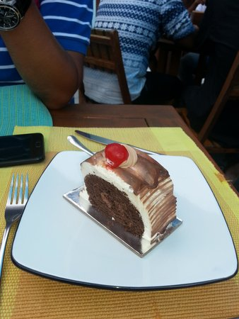 The Sea House - Maldives: Chocolate Swirl Cake