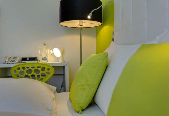 Hotel City Inn : Double Queen Economy Room