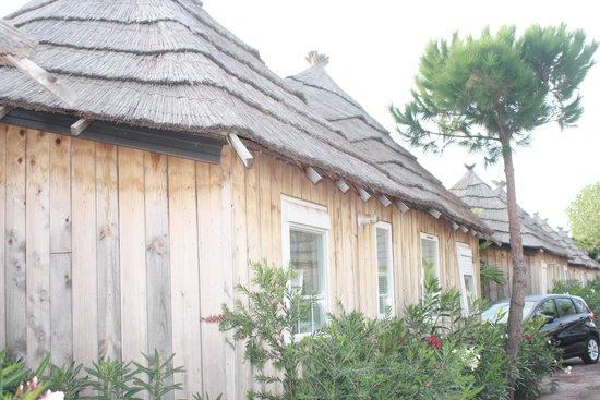 Kon Tiki Riviera Villages : Family Hutte