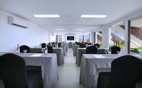 Hotel NEO Seminyak - Petitenget