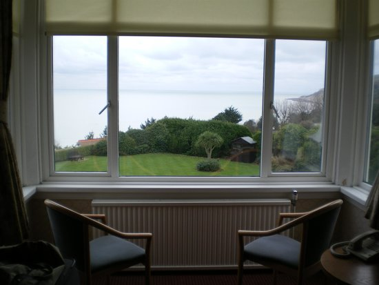 Hydro Hotel Eastbourne: bay window and sea view