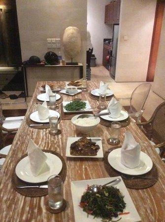 Villa Bali Asri: dinner