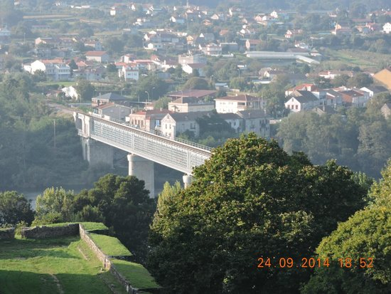 The Bridge Linking Valenca In Portugal To Tui In Spain Picture - Valenca portugal map