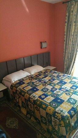 Agdal Hotel : Zimmer