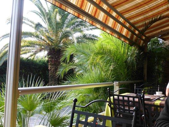 Hotel Livia: Außenbereich zum Sitzen