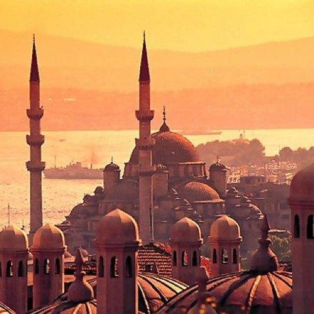 Vista de la Mezquita Nueva y el Bósforo desde la Mezquita de Süleymaniye