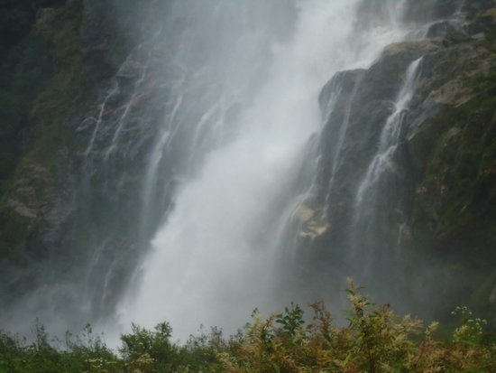 Nuranang Falls: How do you describe such a beautiful place.