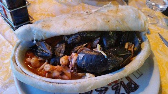 San Mina: Seafood stew under a 'blanket'