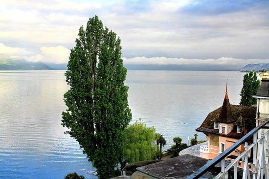 Eden Palace au Lac: Вид с балкона