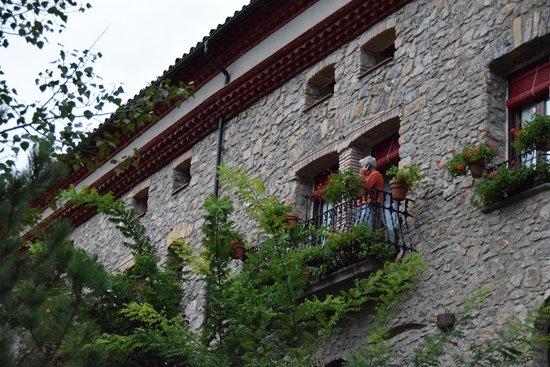 Casa Leonardo : בנין המלון מן הצד