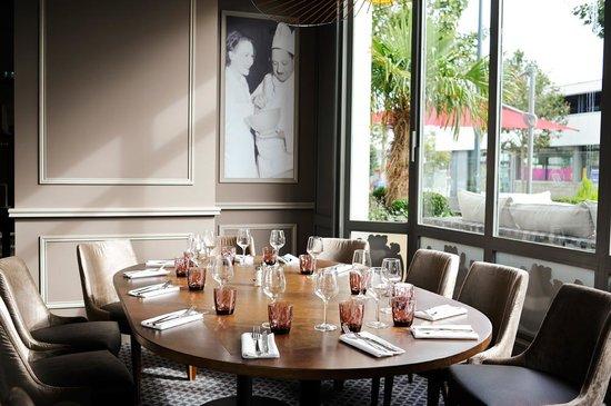 Le restaurant foto di la taverne rennes tripadvisor for Foto di taverne arredate