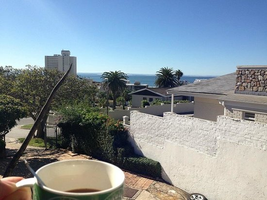 Lungile Backpackers Lodge : Coffee with the view from a room