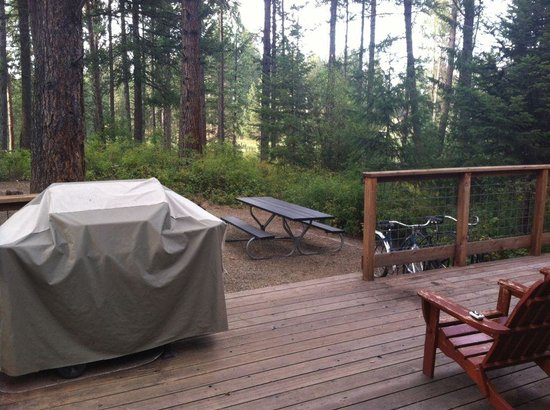 Winchester, ID: Deck, gas grill, bikes, and a nice view.