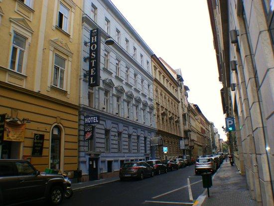 Marco Polo Top Ho(s)tel: Side street Location.