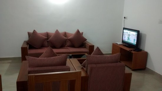 Phils' Residency: Living Room