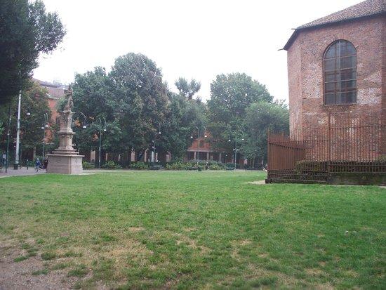 Piazza della Vetra