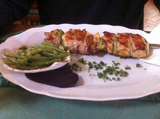Hotel Zamecky hotel Metternich: Chicken kebab with green beans