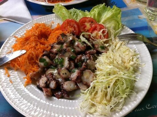 Blue Bay Beach: salade d ourite