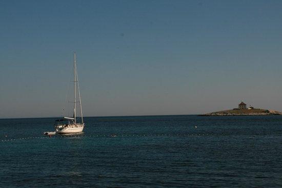 Fair Wind Yacht Charter: SAILING CROATIA