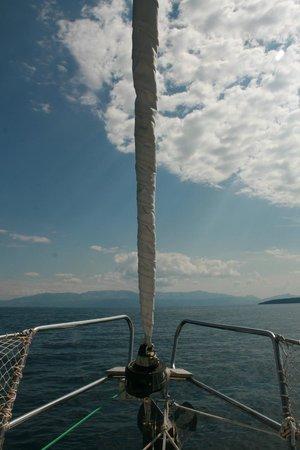 Fair Wind Yacht Charter: FAIR WIND SAILING CHARTER CROATIA