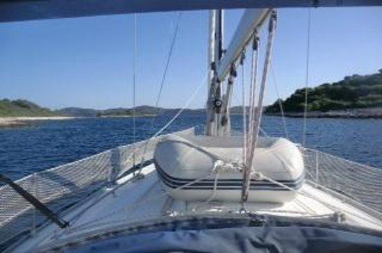 Fair Wind Yacht Charter: YACHT CHARTER CROATIA