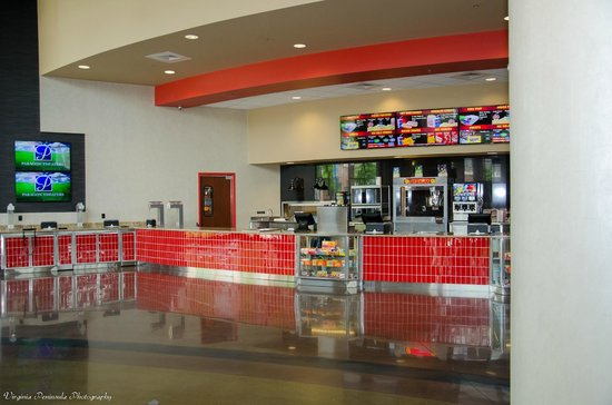 Newport News, VA: Concession Stand