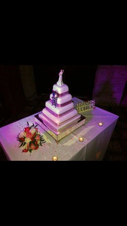 BEST WESTERN Lancashire Manor Hotel: Our lovely cake