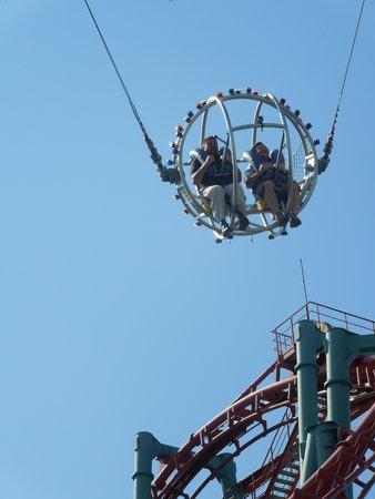 Elitch Gardens Theme Park The S Sling Shot Ride