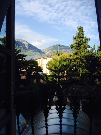 Gran Hotel Soller: The view from room 209