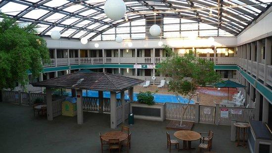 Elk Grove Hotel Pool Area