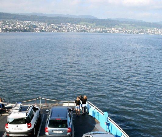 Hotel Rebe: паром через Цюрихское озеро