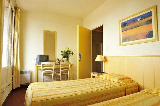 Hotel Club Vacanciel Carqueiranne: Intérieur villa