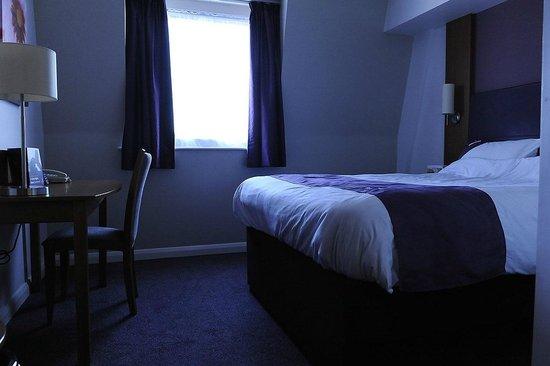 Premier Inn London Hanger Lane Hotel : Room at Premier Inn Hanger Lane
