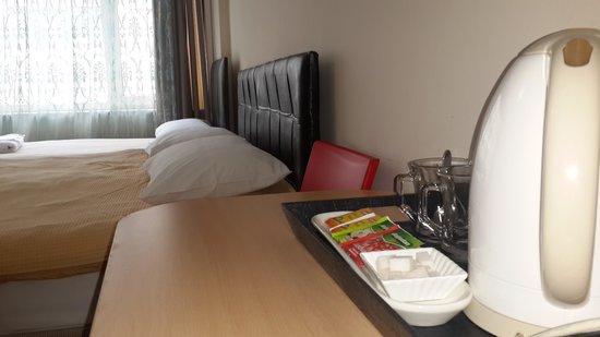 Roncalli Suites: süit room