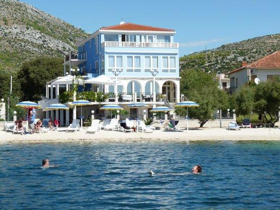Villa Mediterana: Het hotel
