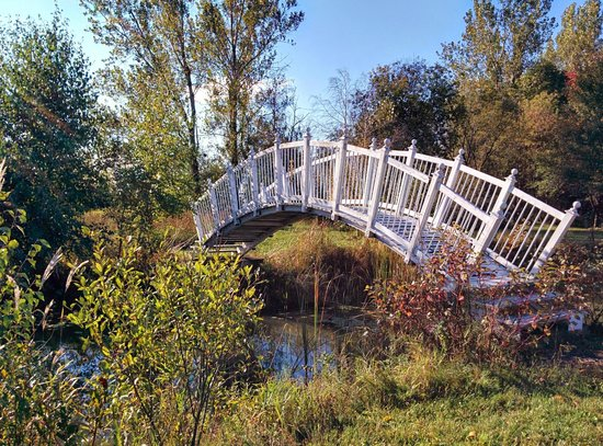 Vars, Canada: Back Yard Bridge