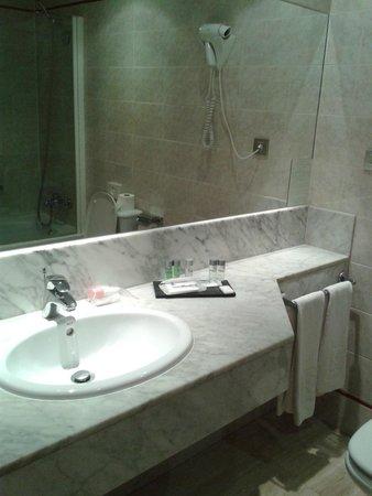Hotel Reding Croma : Lavabo