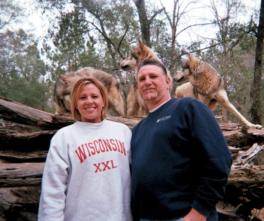Seacrest Wolf Preserve: Awesome photo op