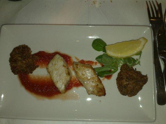 Venus Restaurant : lampuki and neonati
