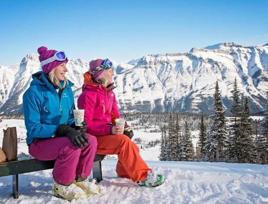 Canmore, Canada: Skiing at Fortress Mountain