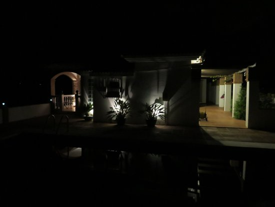 Alora Valley View Accommodations: Poolside at night